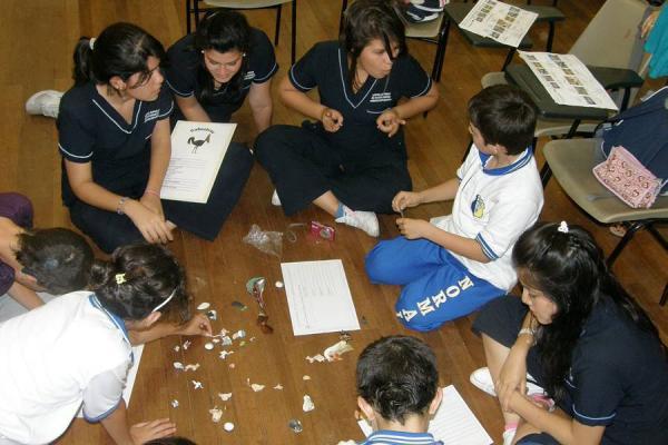 Imagen: alumnxs en un aula inclusiva